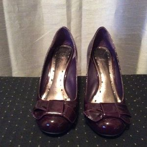 Plum wedge heels