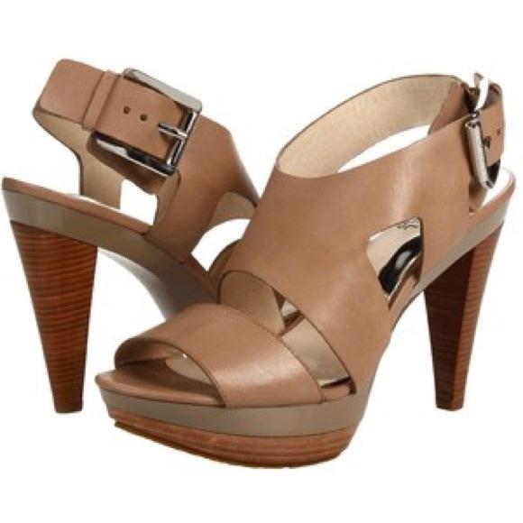 61aeacdf481e Michael Kors Carla Platform Sandal Heels size 6. M 570ebf8a56b2d6f5e700290f