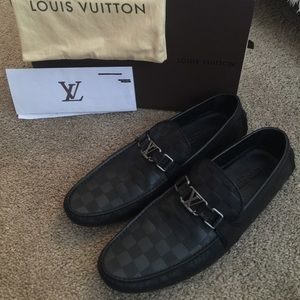 c5478f4cd57 Men's size 11 1/2 Louis Vuitton moccasin loafers