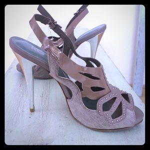 Kurt Geiger Shoes - Kurt Geiger grey denim and patent leather heels