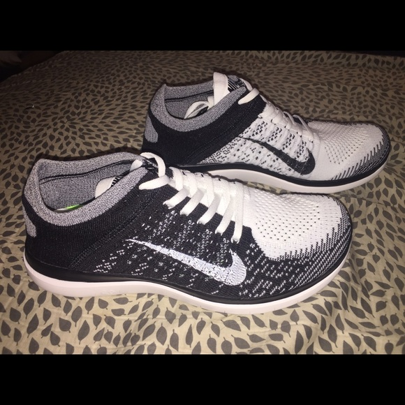 nike free flyknit 4.0 black and white volt