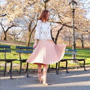 Zara Dresses & Skirts - Zara Pleated Pink Skirt