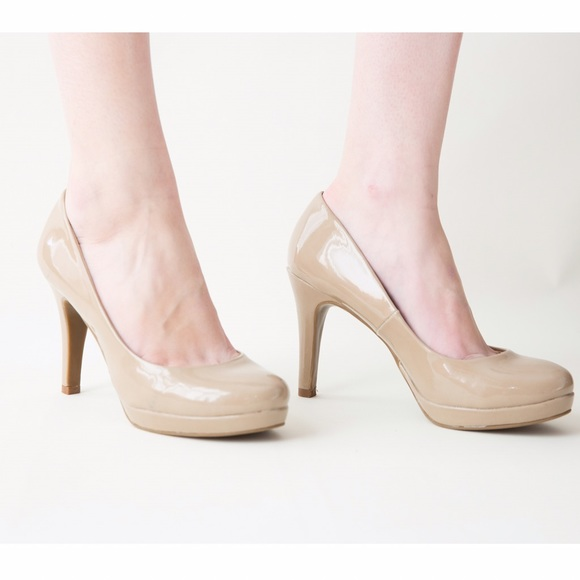 71% off Bandolino Shoes - Nude 3 inch Pumps from Simone's closet ...