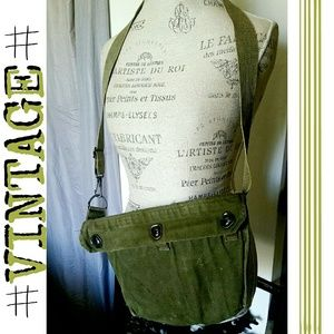 |SALE|Vintage US Field Protective Mask Bag
