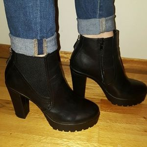 26a5b510bc2e Cathy Jean Shoes - Lug Sole Ankle Booties