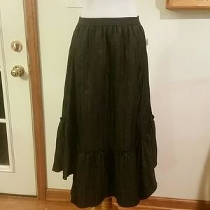 Madison Studio  Dresses & Skirts - ️BRAND NEW🎉Madison Studio Silky Black skirt
