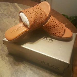 The Flex Love 'Em Wedge Sandals