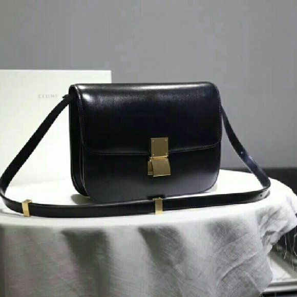 CELINE Classic Box bag in black leather 53b856dad2b1a