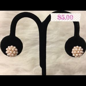 Jewelry - Stud Pearl Earrings