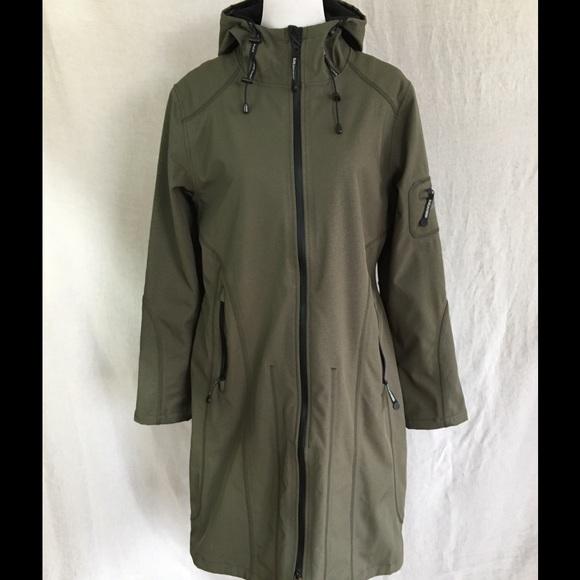 12a638cec Ilse Jacobsen Jackets & Blazers - 💥FLASH💥Ilse Jacobsen Hornbaek Rain Coat  (42
