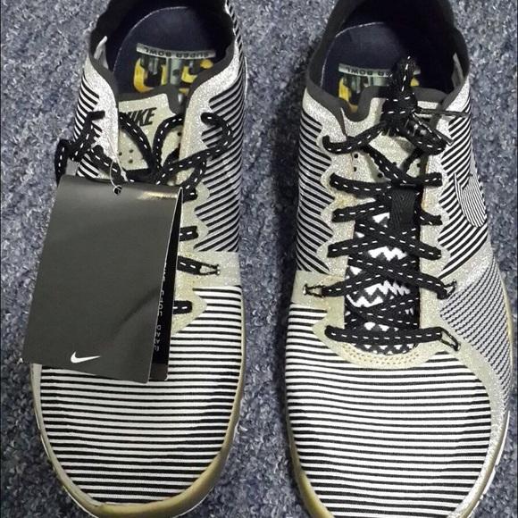 Nike free trainer 3.0 V4 AMP, Gold White,