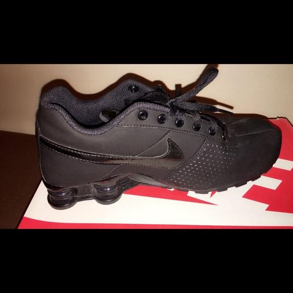 online store 07dff 2bab8 All black Nike SHOX DELIVER PNT GS S6.5 Y. Nike.  M 570fc16041b4e0f6780046c2. M 570fc1622de512b80801ba03.  M 570fcf3b291a35912e005cfd