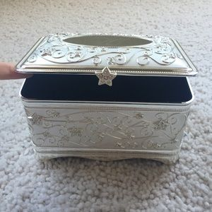 Things remembered nwot things remembered key lock heart for Things remembered jewelry box