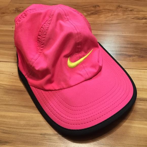 Nike Dri-Fit Hot Pink Feather Light Women s Hat. M 570fd09aea3f36b3f800603c 9e0b2ae226