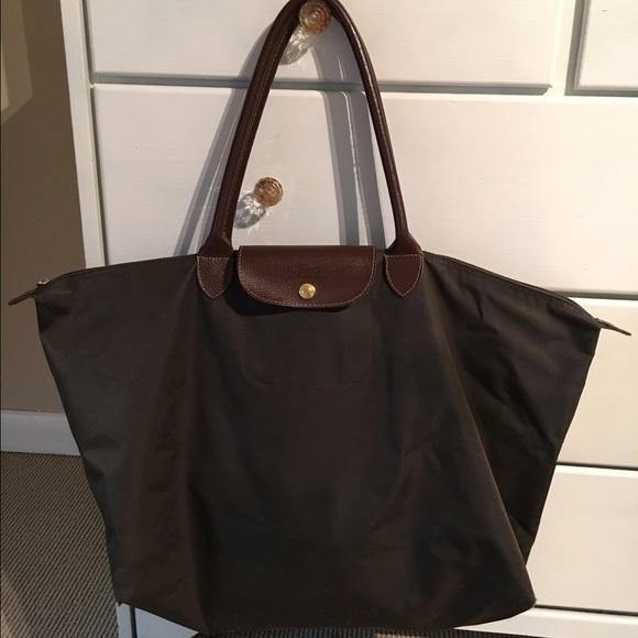 90ecf994c Longchamp Handbags - Longchamp