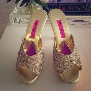 Betsey Johnson Shoes - Betsey Johnson Gold Glitter Polly's