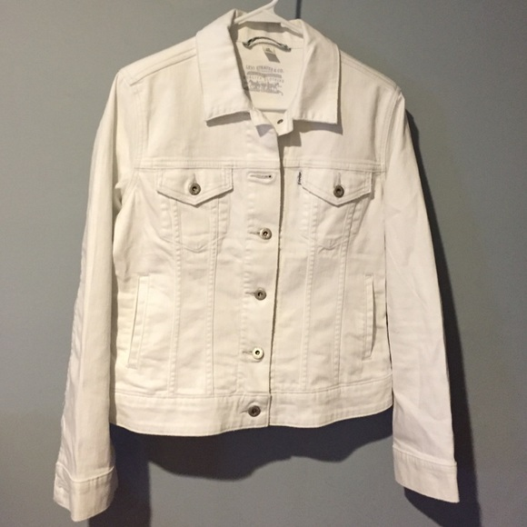 Levi S Jackets Coats Levi Strauss Co White Denim Jean Jacket