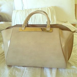 Used Genuine Leather Alberta di Canio satchel.