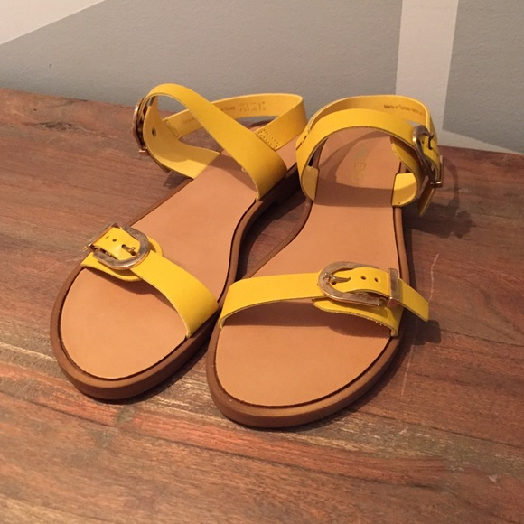 b7edb971faa9 ALDO Shoes - Aldo yellow sandals