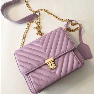 Handbags - 🎉Sale🎉Cute handbag/crossbody  (lavender purple)