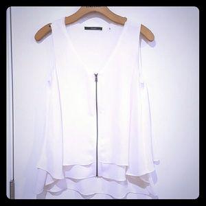Tahari flowy camisole size xs