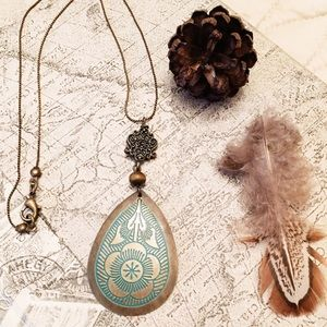 Cultiverre Jewelry - nature study boho necklace