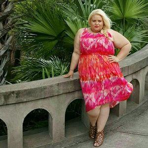 Dresses & Skirts - Pink and orange dress