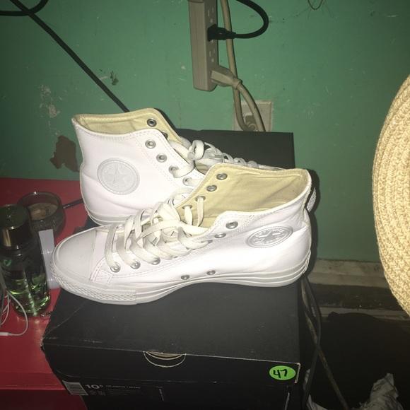 62% off Converse Shoes - White leather converse men's size 7 women ...