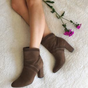 Isola Shoes - {isola} evoda lasercut booties