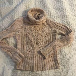 Beautiful Lux Lua sweater, Medium