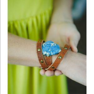 E.o. Collection Jewelry - Leather and stone bracelet