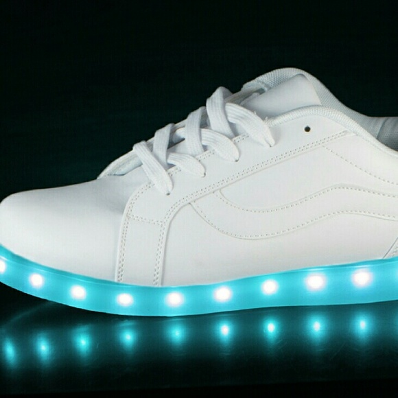 best quality amazing selection biggest discount LED Shoes White 6 Low Top US Mens Size 6 NWT