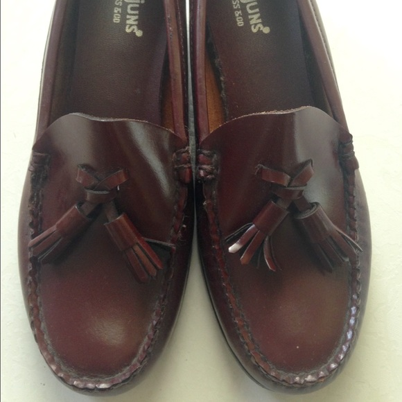 Bass Weejuns Shoes - Bass Weejuns,  tassel loafer.