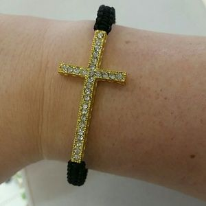 Jewelry - NEW ARRIVAL ?? Adjustable cross bracelet