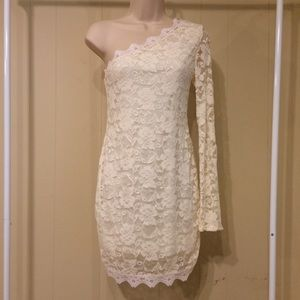 Dresses & Skirts - Ivory Lace Dress