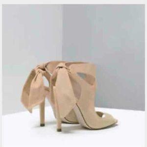 Zara Shoes - Zara tan heel sandals
