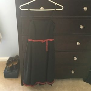 Dresses & Skirts - Black and red dress