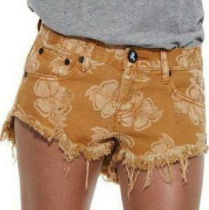 One Teaspoon Pants - New one teaspoon aloha bonitas tan jeans shorts 24