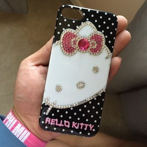 Accessories - HELLO KITTY IPHONE 5 CASE