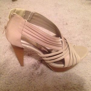 Body Central Shoes - Brand new tan open toed heal sandals  size 8.5