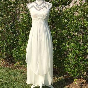 Dresses & Skirts - 💄HP💄Ivory Chiffon Wrapped Dress