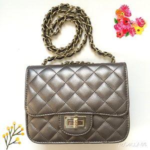 Handbags - Quilted Metallic Grey Bag