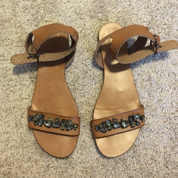 d493193d1a82ea Mossimo Jeweled Toe Sandals. M 57119bf3f739bccc7d012195