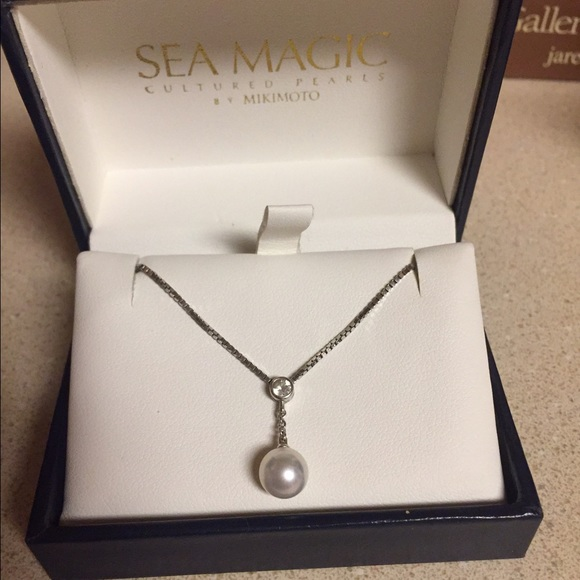 80 off Jared Jewelry Authentic pearl with sapphire necklace