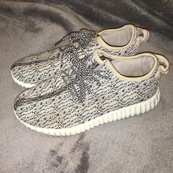 online store ad7ab 25f48 yeezy sneakers look alike