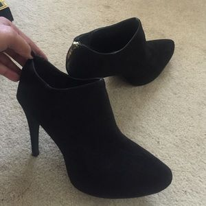 Mari A Shoes - Mari A Black Booties