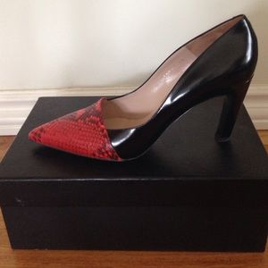 Dries van Noten Shoes - Dries Van Noten Black and Red Pumps