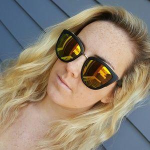 Accessories - Cat eye mirrored sunglasses