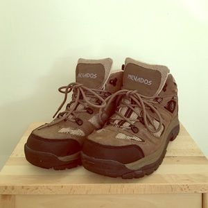 Shoes - New Waterproof Hiking Boots