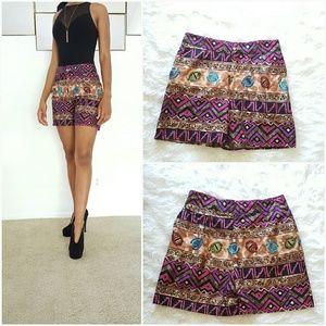 Pants - Colorful geometric shorts